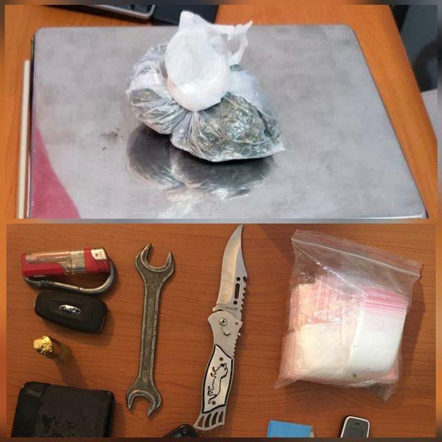 U kap me thikë e kanabis në Korçë, arrestohet i riu nga