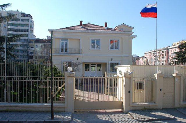 Dëbimi i diplomatit, reagon ashpër ambasada ruse në Tiranë:
