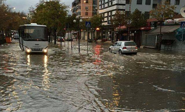 Fundjave me reshje të dendura shiu/ IGJEUM paralajmëron për