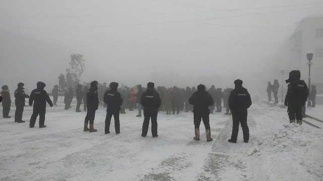 Protesta në temperatura -15C në Rusi, arrestohen më shumë se