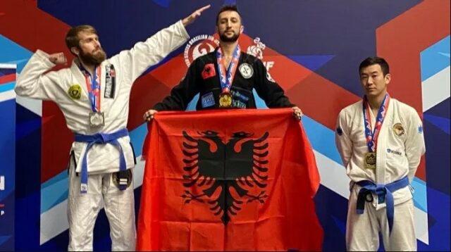 Habit shqiptari që u shpall kampion bote në arte marciale: Punoj