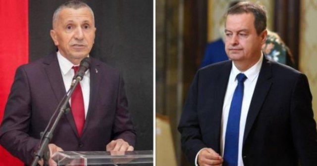 Video/ Irritohen serbët, deputeti Kamberi flet shqip në Parlament dhe