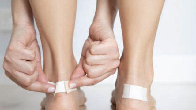 Flluskat e lëkurës/ Si t'i trajtoni me këshillat e duhura
