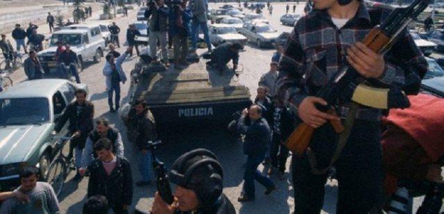 Foto/ Rrëfimi i 'shefit të FNSH-së ': Si luftuam 12