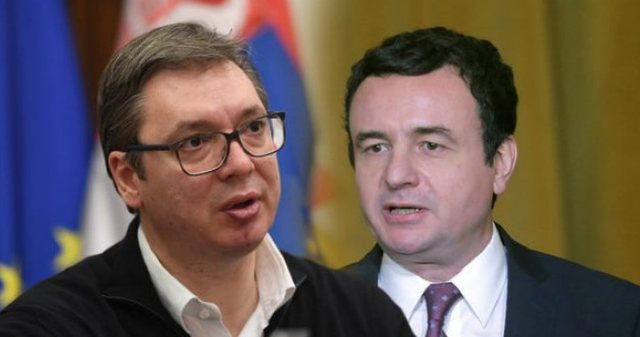 Vuçiç bën ironi me Albin Kurtin: Po na zgjidh edhe problemet
