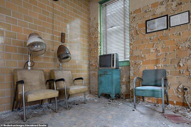 Imazhet rrëqethëse nga spitali ku sterilizoheshin njerëzit me