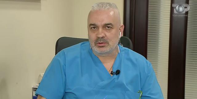 Mjeku: Fëmijët e marrin COVID më lehtë dhe e