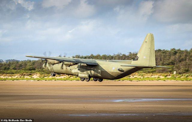 """Vdekja e """"Herkulit""""/ Ushtria britanike mbyll në hangar"""