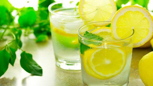 Plot vlera ushqyese dhe vitamina, ja koha e duhur për të pirë
