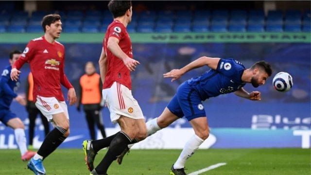Chelsea dhe Manchester United ndahen në paqe, City vijon i
