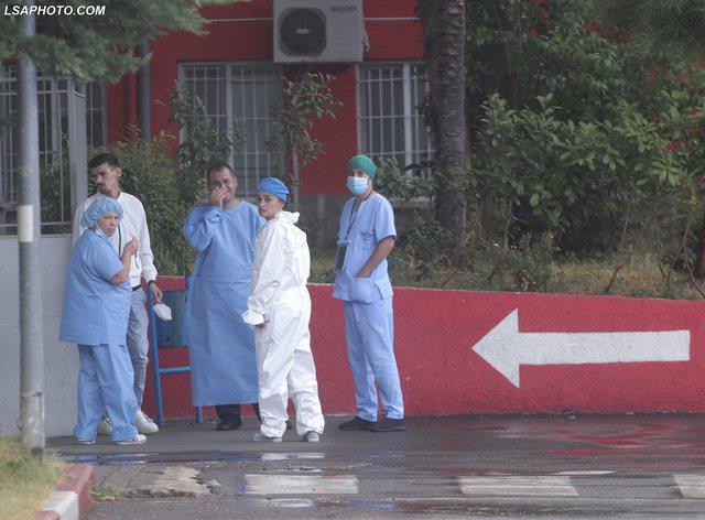 Rëndohet situata e pandemisë në Shqipëri, 9 qarqe  zona