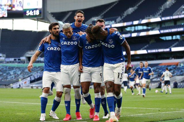 Everton ngjitet në zonën Champions, fitore edhe për Tottenham