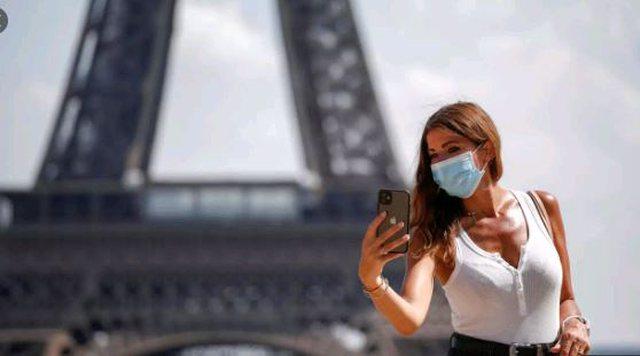 A duhet mbajtur maska pas bërjes së vaksinës anti Covid-19?