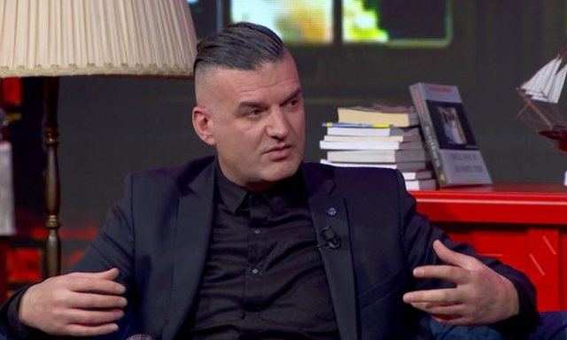 """""""6 muajt e fundit Shqipja nuk ka fjetur me asnjë mashkull""""/"""