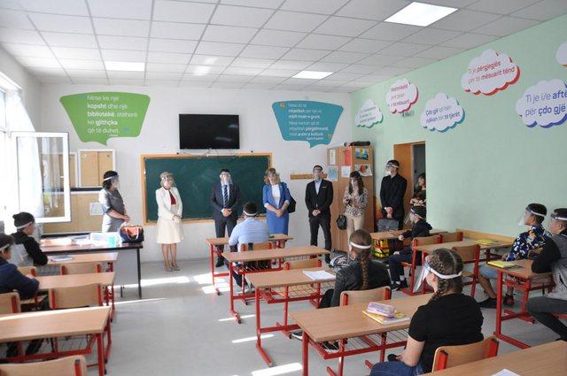 Gjuha turke në shkollat shqiptare si lënde me zgjedhje, hyn në