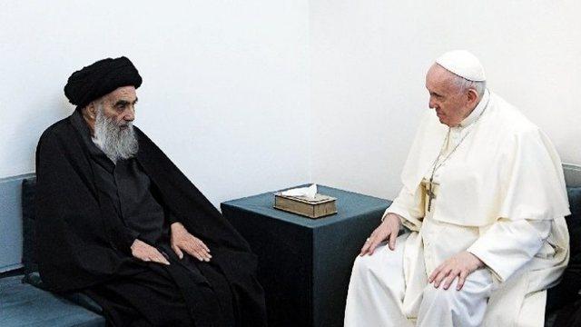 Vizita historike në Irak/ Papa Françesku flet për takimin me