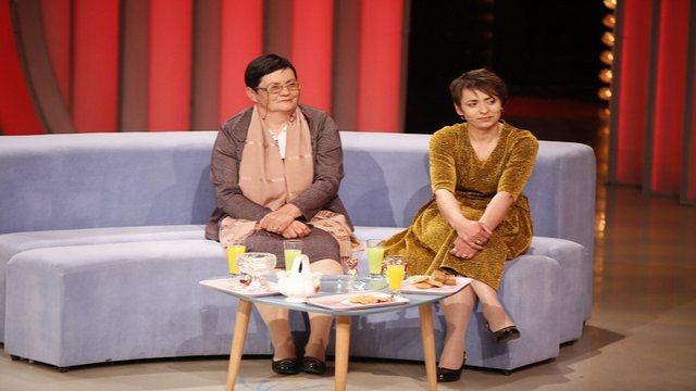 Nënë Selimja kërkon nuse për djalin në televizion,