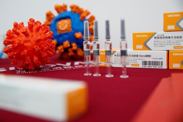 Opozita kundër vaksinës kineze dhe ruse: Rama shfaqje cirku, po vihet