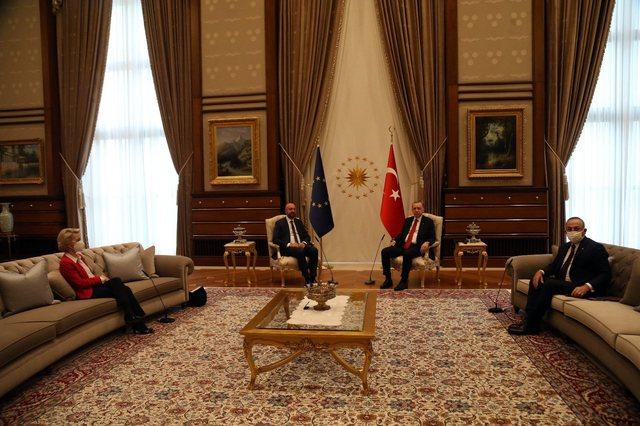 Divani i Erdoganit trondit Parlamentin Europian