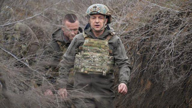 Rusia kërcënon Ukrainën me ndërhyrje ushtarake, SHBA