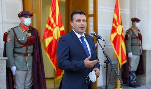 Video/ Zaev i bën thirrje komunitetit maqedonas: Votojeni mikun tim Edi