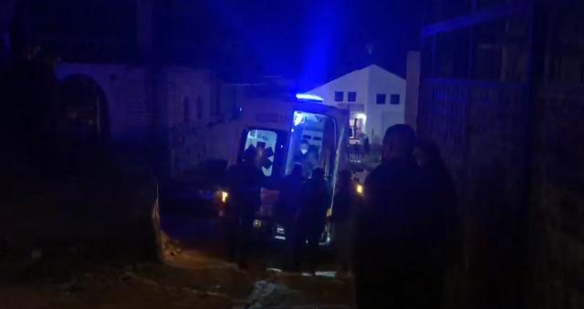 Plagosën policin në Berat, jepet masa e sigurisë për tre