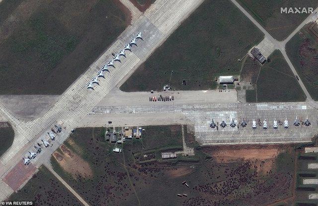Në pritje të urdhrit të Putin, avionët supersonik rusë