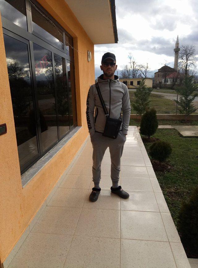 26-vjeçari vrau me thikë vëllain e vogël, dalin fotot e