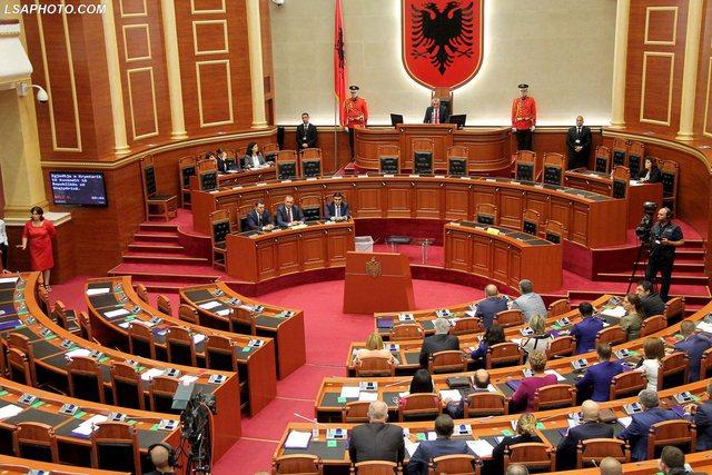 KQZ zyrtarizon emrat: Këta janë 140 deputetët e rinj të