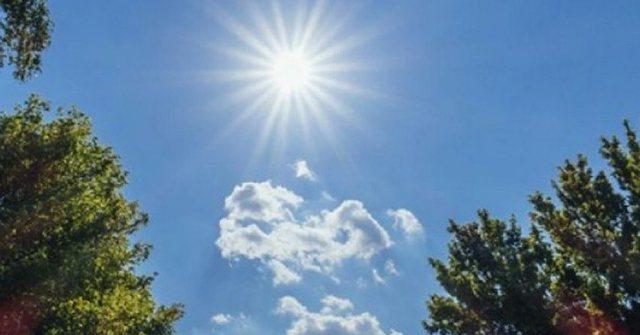 Temperatura deri në 30 gradë, si parashikohen ditët e para