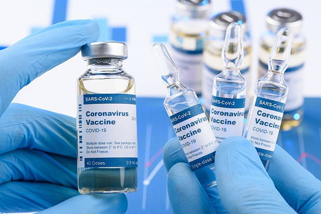 Studimet e reja: Ja sa ju mbron një dozë vaksine e Pfizer, Moderna dhe