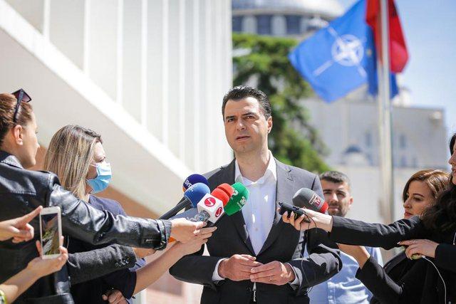 Basha nervozohet me gazetarët: 25 prilli ishte masakër elektorale, si