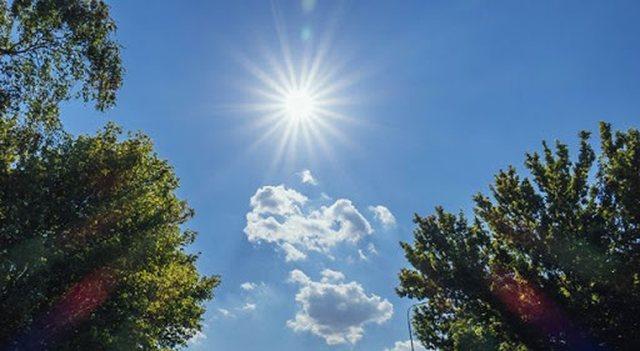 Java nis me diell dhe temperatura të larta, por ka surpriza në