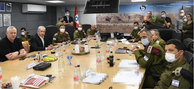 Izraeli nën komandën e gjeneralëve!