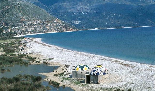Çekët po blejnë apartamente në bregdetin shqiptar, po i