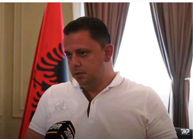 Kryebashkiaku i Kavajës kapet në mashtrim, depoziton mijëra ton