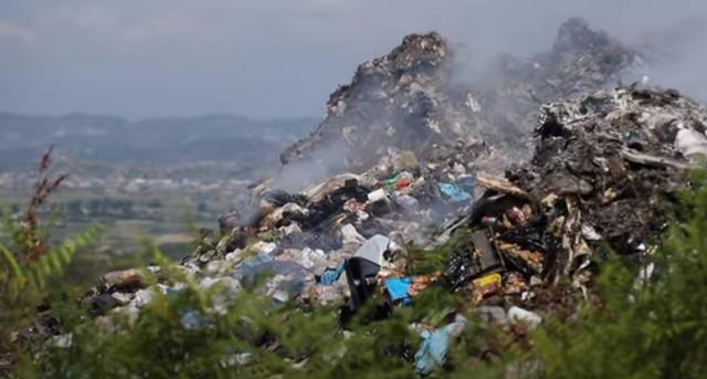 Landfilli i paligjshëm në Kavajë/ Bashkia e mohon, bregdeti i