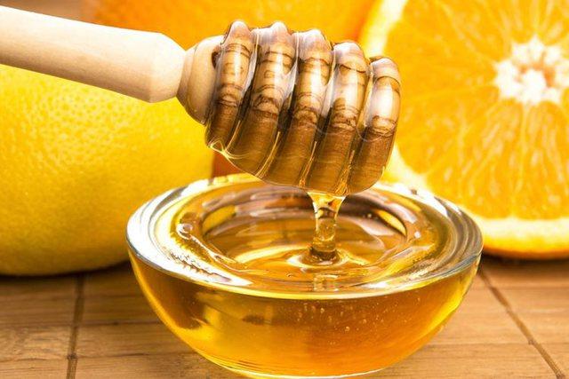 Zbuloni kurën 2 ditore me lëng limoni dhe mjaltë për