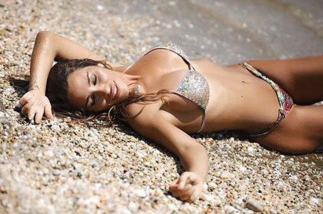 Modelja bukuroshe, një tifoze s*ksi e kombëtares italiane (FOTO)
