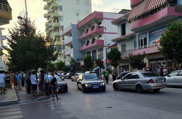 FOTO / Tre makina aksidentohen në Fier, dëmtohen edhe dy të tjera