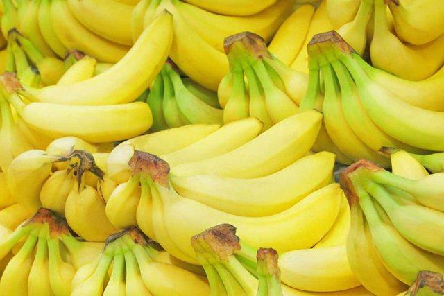 Banane e pjekur shumë apo pak/ Kur duhet ta konsumoni për vlera