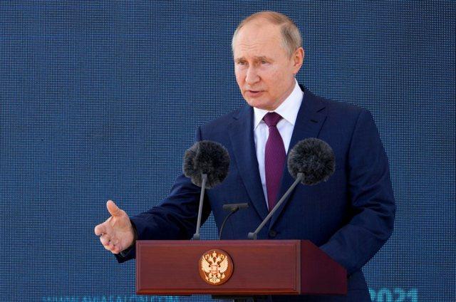 "Avioni rus ""shah mat"", Putin inspekton"