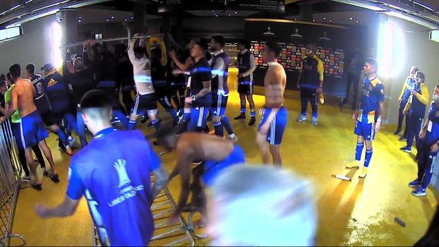 VIDEO/ Plas keq në Brazil! Futbollistët e Boca Juniors përplasen