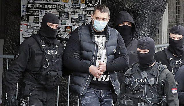 """""""Fundoset"""" Vuçiç, kryemafiozi serb i nxjerr"""