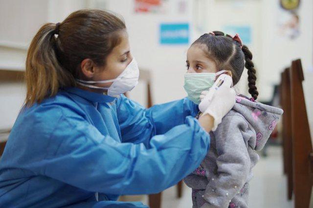 Ky shtet merr vendimin/ Do të nisë vaksinimi i fëmijëve nga