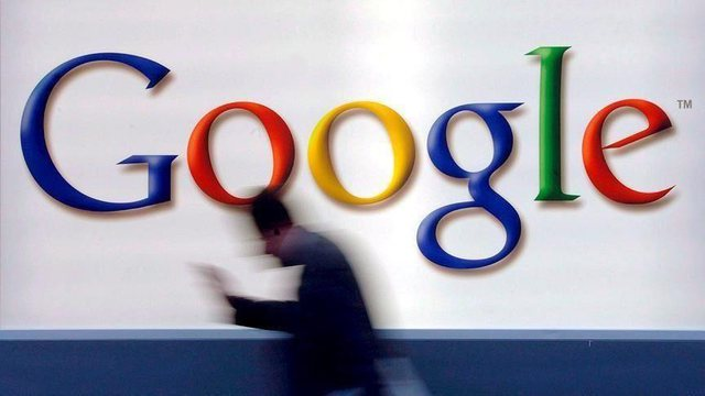 Google vendos si kusht vaksinimin për t'u kthyer në vendin e