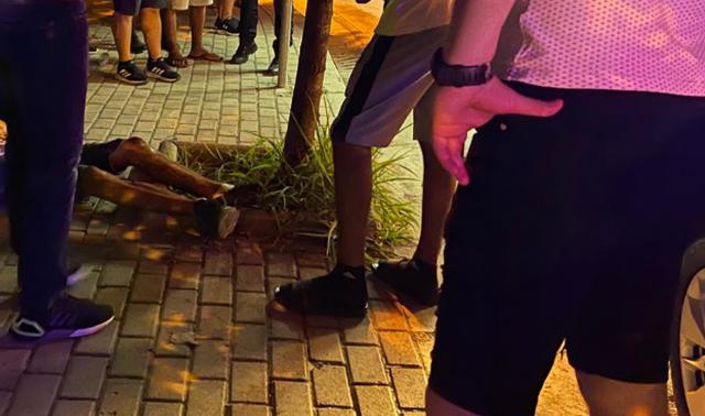 FOTO nga vendngjarja/ Plagosje me thikë në Tiranë, një