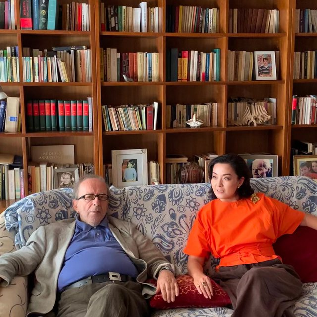 Yuri Kim takon shkrimtarin e madh Ismail Kadarenë: Kënaqësi