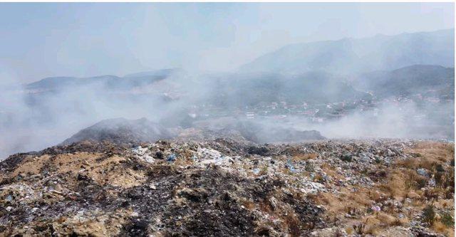 Fotot dhe VIDEO/ Pse hesht kryebashkiaku i Krujës për plehrat që