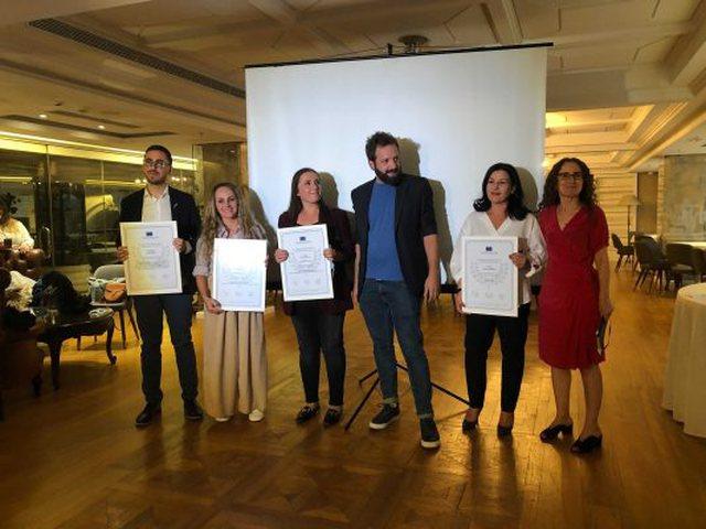 4 gazetarë fitojnë çmimet e BE për gazetarinë